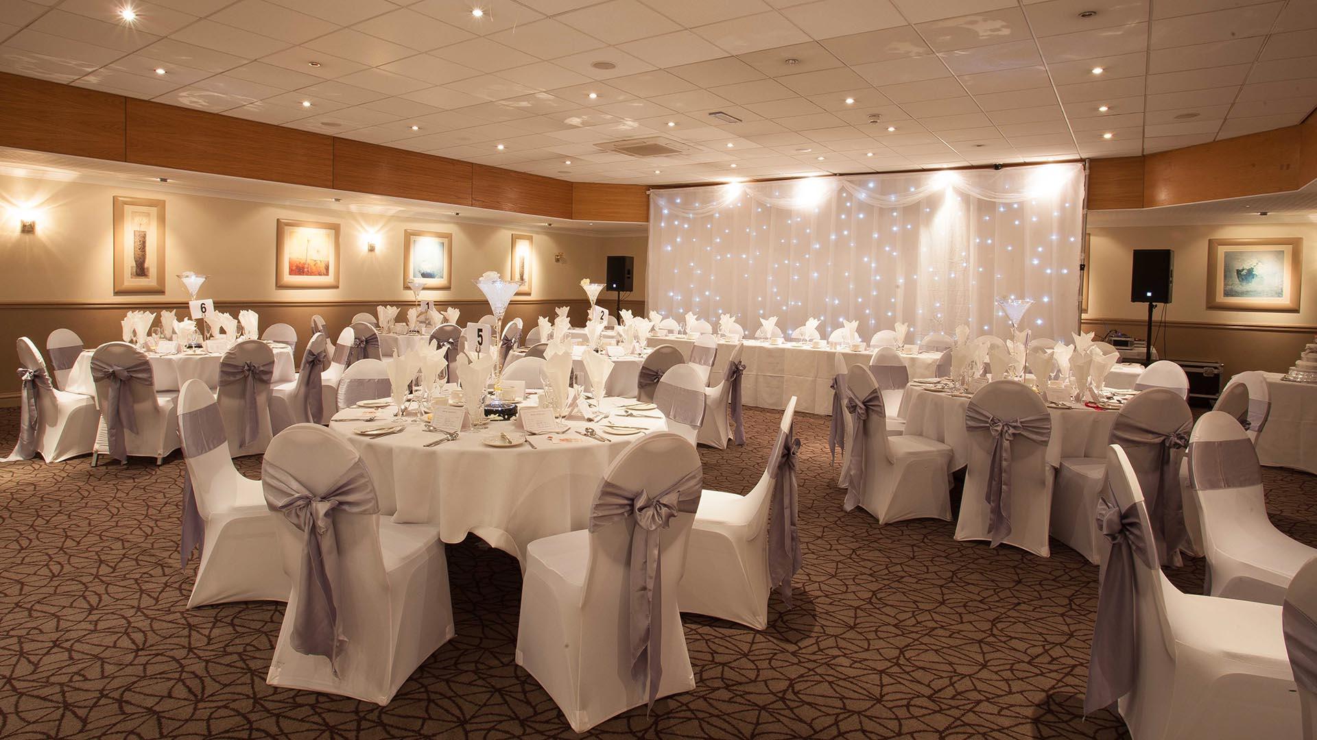 Decor 5 Wedding venues in Manchester and Cheshire Best Western Manchester Altrincham Cresta Court Hotel