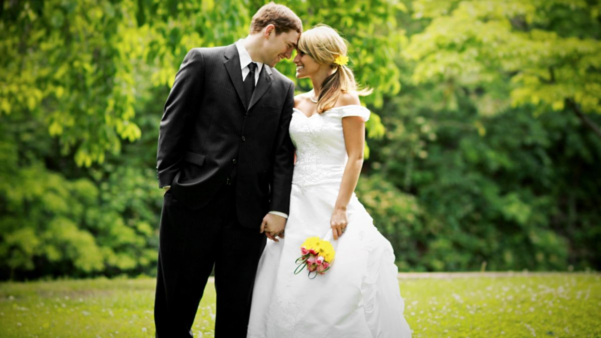 Wedding venues with gardens in Manchester and Cheshire Best Western Manchester Altrincham Cresta Court Hotel
