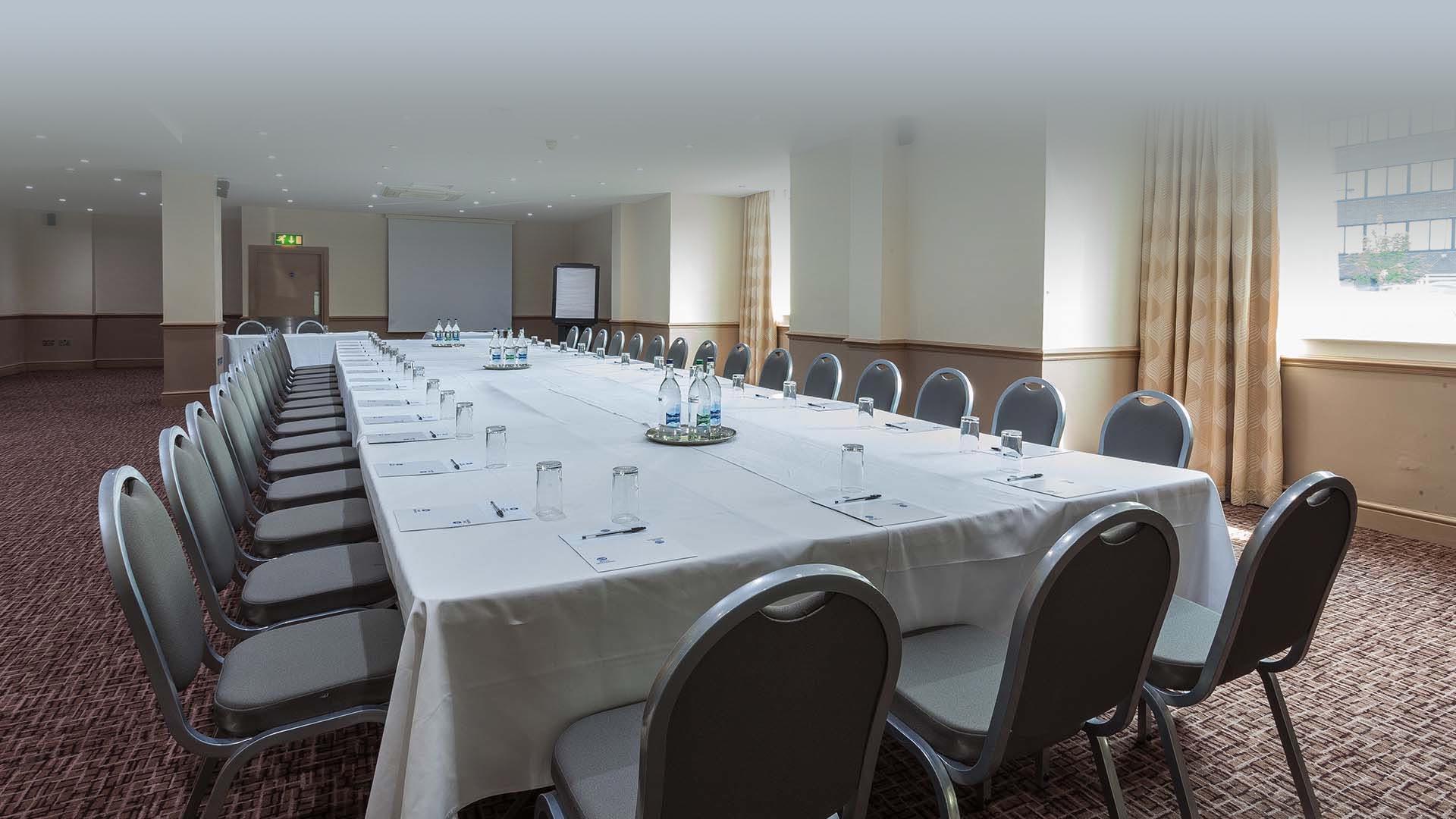 Meeting Venues in Manchester Best Western Manchester Cresta Court Hotel Allen Suite
