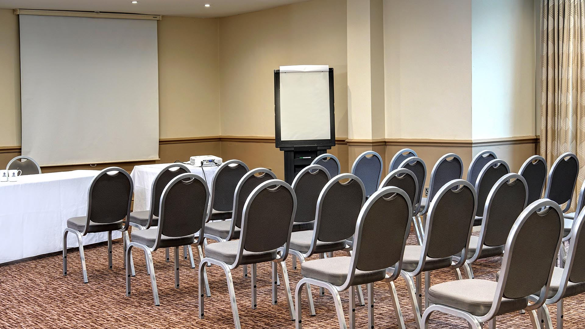 Meeting Venues in Manchester Best Western Manchester Cresta Court Hotel Delegate packages