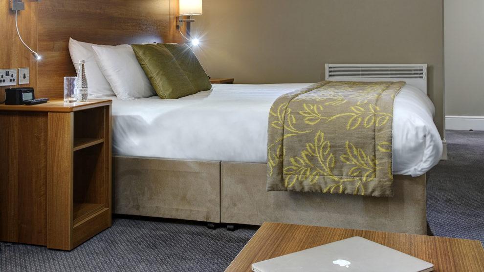 Keyworker accommodation at Cresta Court Hotel Altrincham Manchester